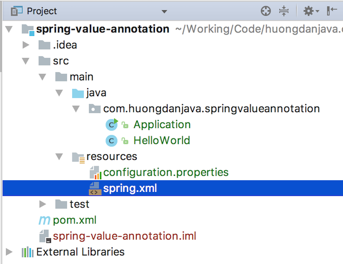 Using properties in Spring with @Value annotation